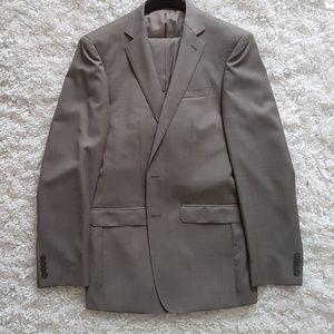 Calvin Klein Two-Piece Suit Light Gray/Tan